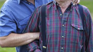 Dois idosos roubados