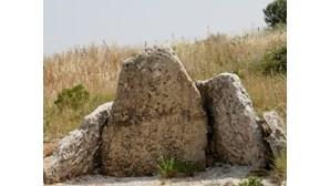 PJ investiga destruição da Anta da Pedra dos Mouros
