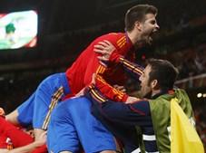Gerard Pique celebra vantagem espanhola