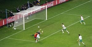 David Villa no lance que deu a vitória a Espanha