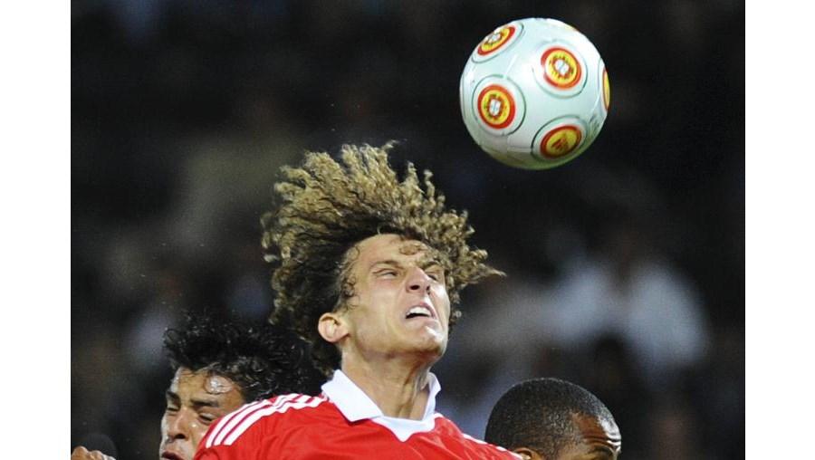 David Luiz já sonha com a possibilidade de jogar com os craques Cristiano Ronaldo e Kaká no Real Madrid