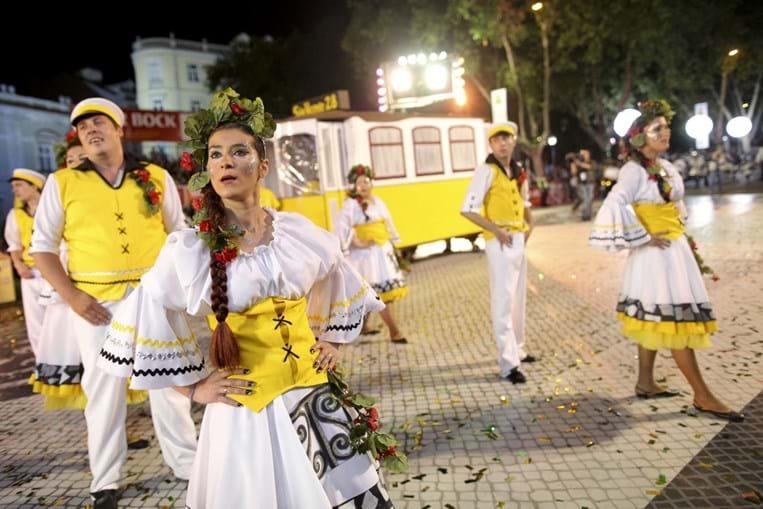 Eléctricos ilustraram marcha de São Vicente