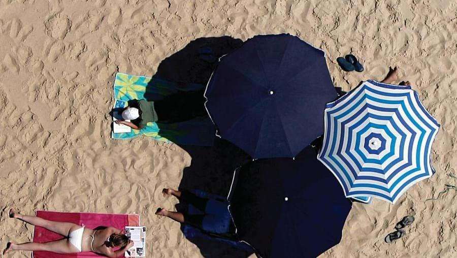 Esticar a toalha na praia não basta para se ter um Verão em grande