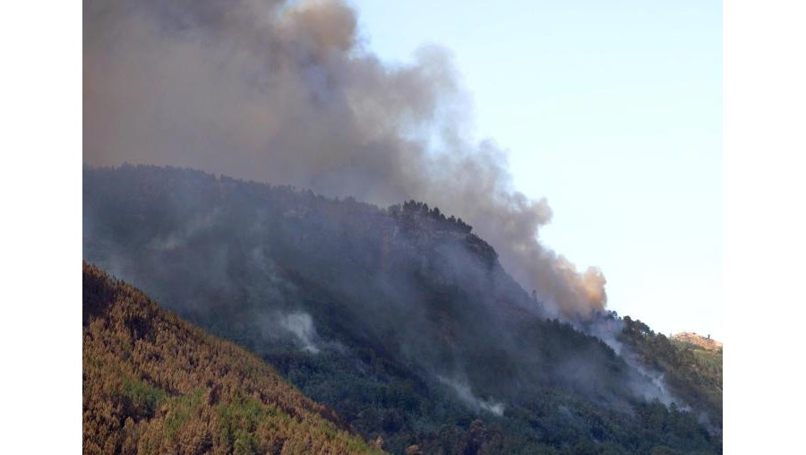 Parque Naciona da Peneda-Gêres é assolado pelos fogos desde o fim-de-semana