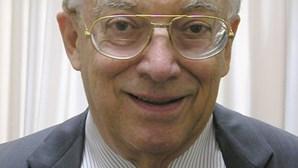 Morreu historiador austríaco Friedrich Katz