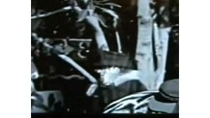 Filme de 1928 apresenta objecto semelhante a telemóvel