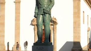 Estátua na Covilhã