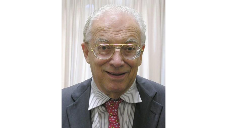 Friedrich Katz era professor de história na Universidade de Chicago, tendo a partir daí desenvolvido uma obra centrada na história do México e da América Latina