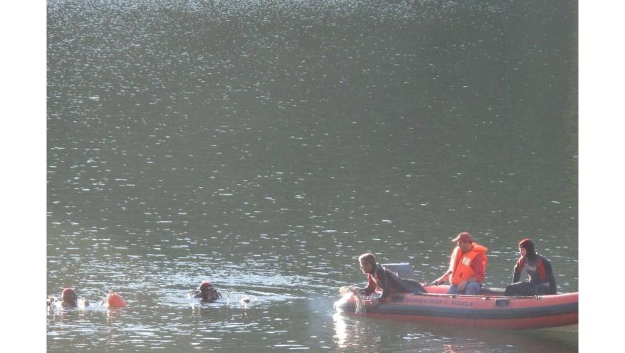 Homem atirou-se à água para salvar a filha