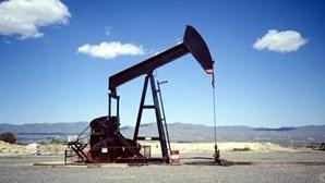Londres: Petróleo sobe um dólar nos mercados