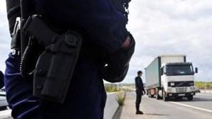 Mais de 180 estrangeiros impedidos de entrar nas fronteiras