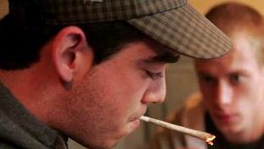 Governo holandês que restringir consumo de drogas leves