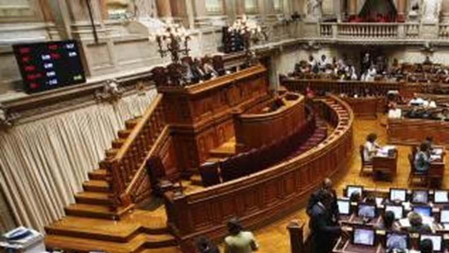 Parlamento deverá aprovar OE para o próximo ano