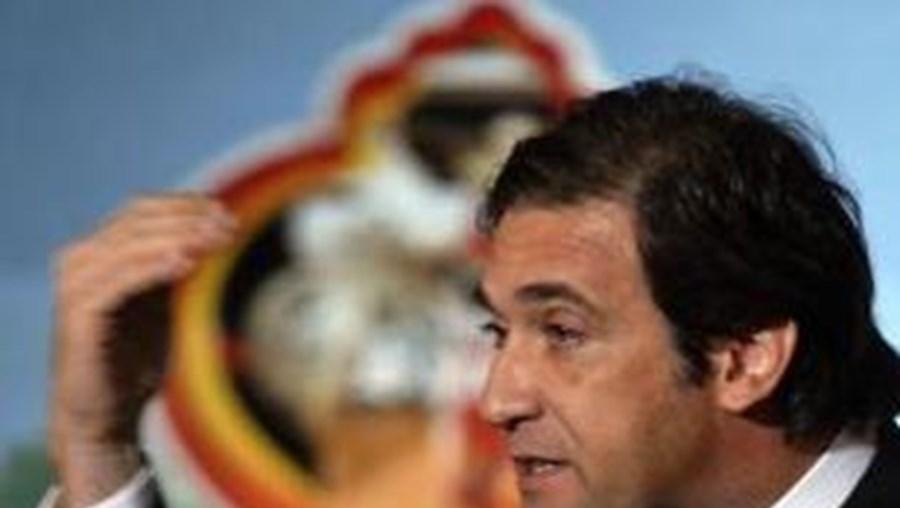 Passos Coelho diz que em 2011 não pode voltar a acontecer em Portugal o mesmo que em 2010