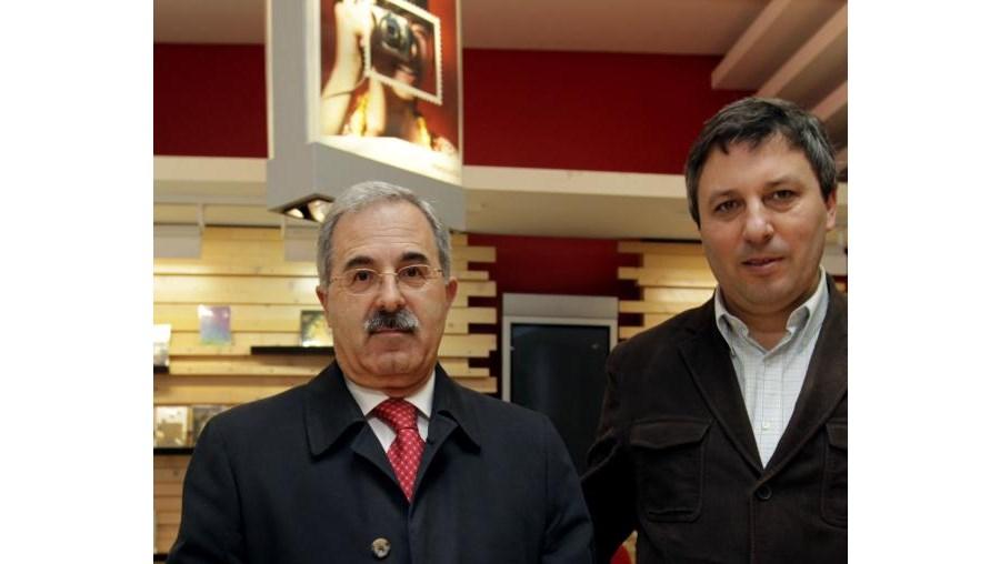 José Pires dos Santos com o director-adjunto do CM, Armando Esteves Pereira