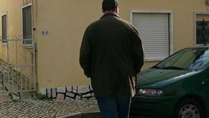 Alfândegas caçam álcool contrafeito