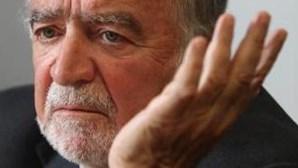 """Manuel Alegre: """"Tenho o legado de Mário Soares e Jorge Sampaio"""""""