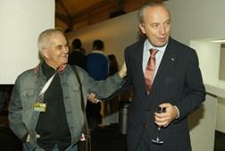 Ao lado de Pedro Santana Lopes, então presidente da Câmara de Lisboa,  na 21.ª edição da ModaLisboa