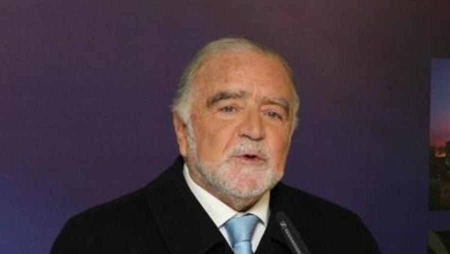 """""""Estou um tanto perplexo com as declarações feitas pelo Presidente da República"""", disse Alegre"""