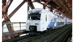 Comboio da Ponte 25 de abril cortado em hora de ponta