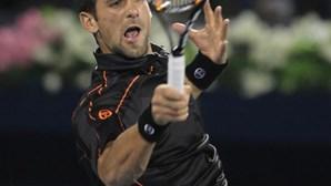 Dubai: Djokovic bate Federer e conquista terceiro título consecutivo
