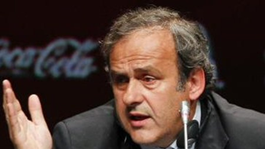 """Michel Platini diz que está """"tudo em ordem"""""""