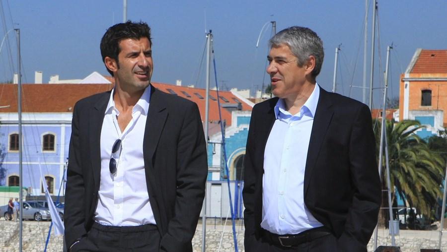 Luís Figo e José Sócrates tomaram o pequeno-almoço no último dia da campanha eleitoral
