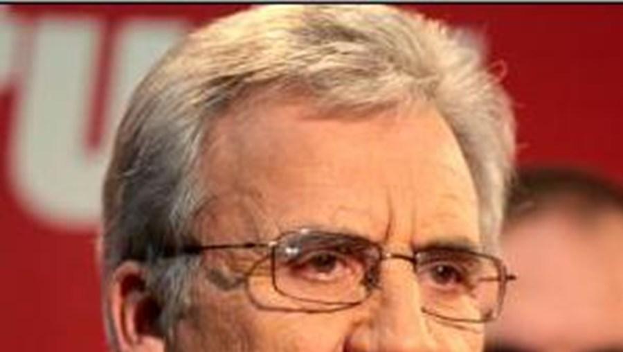 """Jerónimo de Sousa diz que comunistas têm """"uma reflexão e uma análise"""" próprias"""