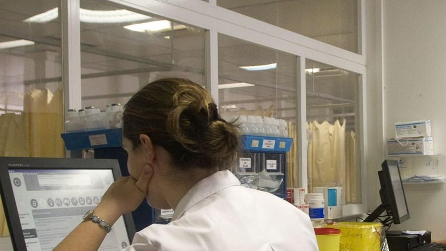 Há mais de 60 mil enfermeiros no País e todos os anos são formados 3500 novos profissionais