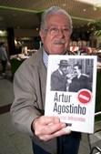 Artur Agostinho na apresentação da obra 'Ficheiros Indiscretos'
