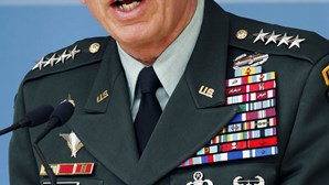 Petraeus vai chefiar a CIA