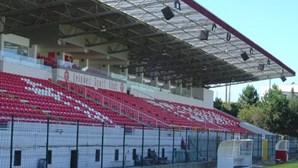 Deslizamento de terra interdita bancada nascente do Estádio do Mar