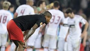 Lens ainda marcou o segundo golo mas no final teve que assistir à festa dos portugueses