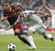 Do outro lado do campo foi o ex-benfiquista Di María que fez tremer Dani Alves