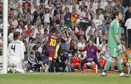 Depois de uma jogada individual em que passou por metade da equipa do Real Madrid, Messi fez o segundo golo