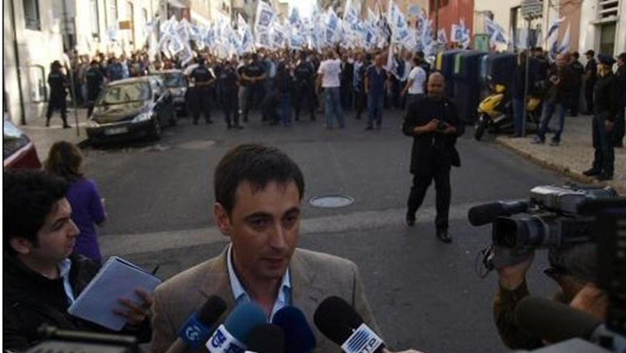 Associação Sindical dos Profissionais da Polícia, Paulo Rodrigues, salários, suplementos
