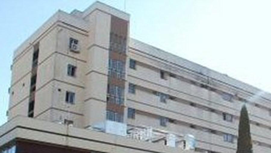 A vítima foi assistida no Hospital de Faro