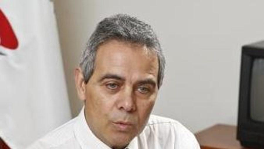"""""""Temos seguramente de cortar com o hábito que o legislador tem tido que é pensar que resolve os problemas produzindo leis"""", diz António Martins"""