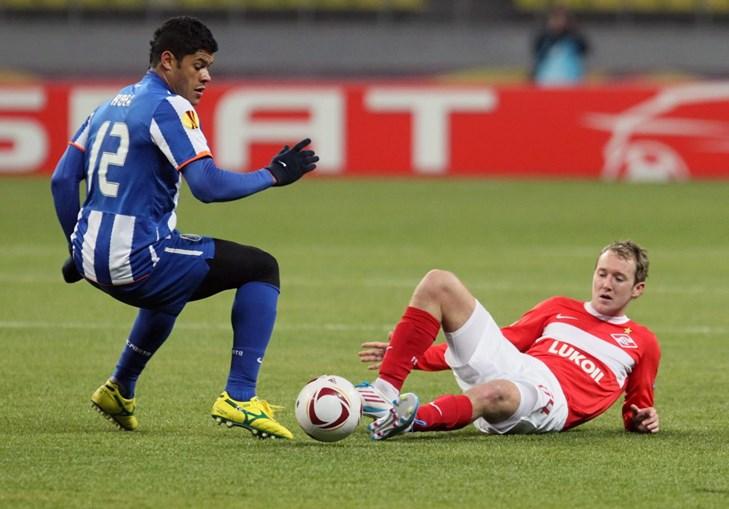 Hulk marcou um grande golo e demonstrou o seu poder físico aos jogadores do Spartak. McGeady não foi excepção