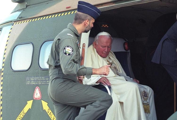 Em Maio de 2000 Alexandre Figueiredo pilotou o Santo padre no voo Lisboa-Fátima-Lisboa