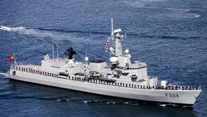 Exercícios e manobras nas comemorações do Dia da Marinha