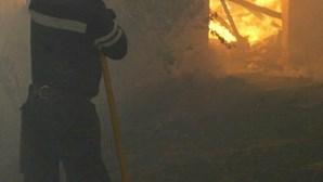 Lança fogo à residência da ex-mulher