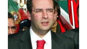 António José Seguro apresenta candidatura