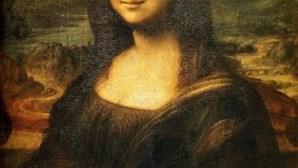 Quadro da Mona Lisa vai ser transferido para outra sala do Museu do Louvre