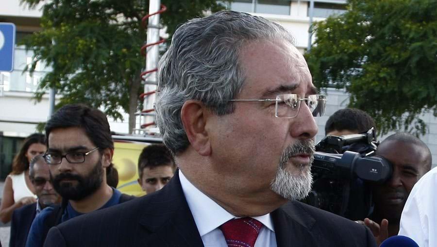 Isaltino Morais recusa que a sua substituição na Câmara Municipal de Oeiras já esteja a ser preparada