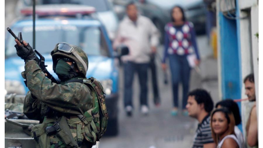 brasil, rio de janeiro, morro mangueira, polícia, militares, bope