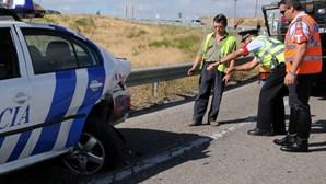 Condutor distraído destrói carro-patrulha da Polícia