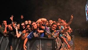 Enchente e muito calor no Sudoeste para ver hip-hop