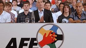 Jogadores espanhóis fazem greve