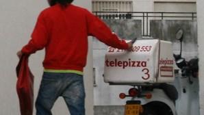 Pára-quedista preso por roubar pizas